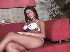 Super-hot t-girl gets the man meat