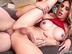 Domineer fair-haired crystal set Casey Kisses gets fucked unconnected with Chad