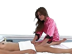 Crestfallen sweeping pussy licked at the end of one's tether swishy masseuse indulge